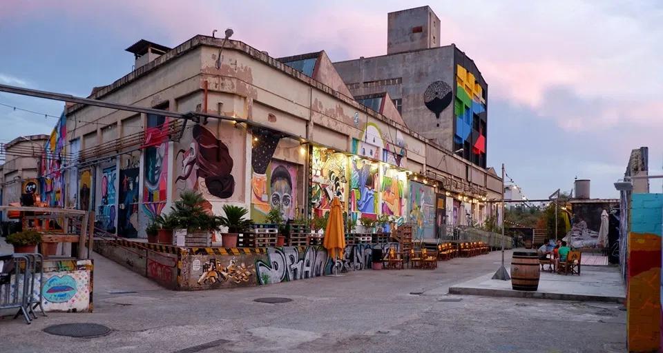 Art Center Barcelona - B-Murals