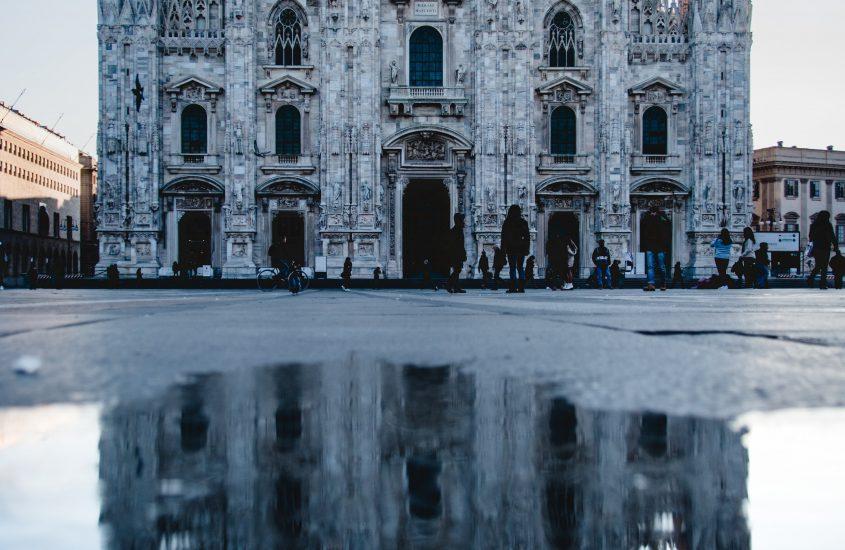 contemporary art galleries Milan - Cover